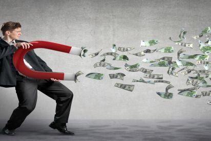 فيشر: عقلية اقتصادية تربعت  على عرش البنك المركزي الإسرائيلي