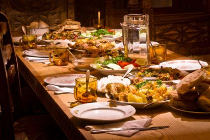 عشر نصائح لجعل رمضانك مليء بالحيوية  دون زيادة وزنك!