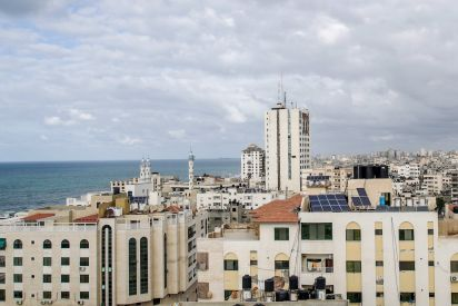 مياه غزة الخطر يحدق بها .. والإعتداءات على خطوطها لا تتوقف!