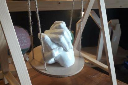 جندية تبدع في صناعة مجسمات ثلاثية الأبعاد