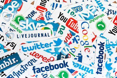 مواقع التواصل الاجتماعي، نافذة حوار وطريقة سهلة للوصول