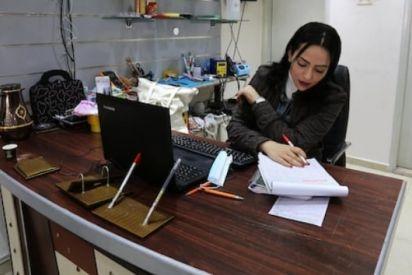 النساء يكسرن حاجز العادات ويعملن بمهن ذكورية في قطاع غزة