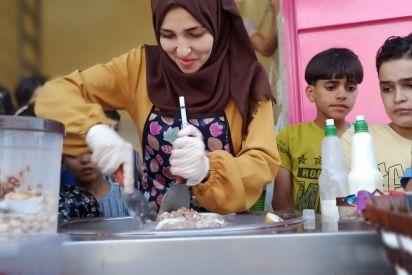 فاطمة تبيع البوظة لتكمل تعليمها